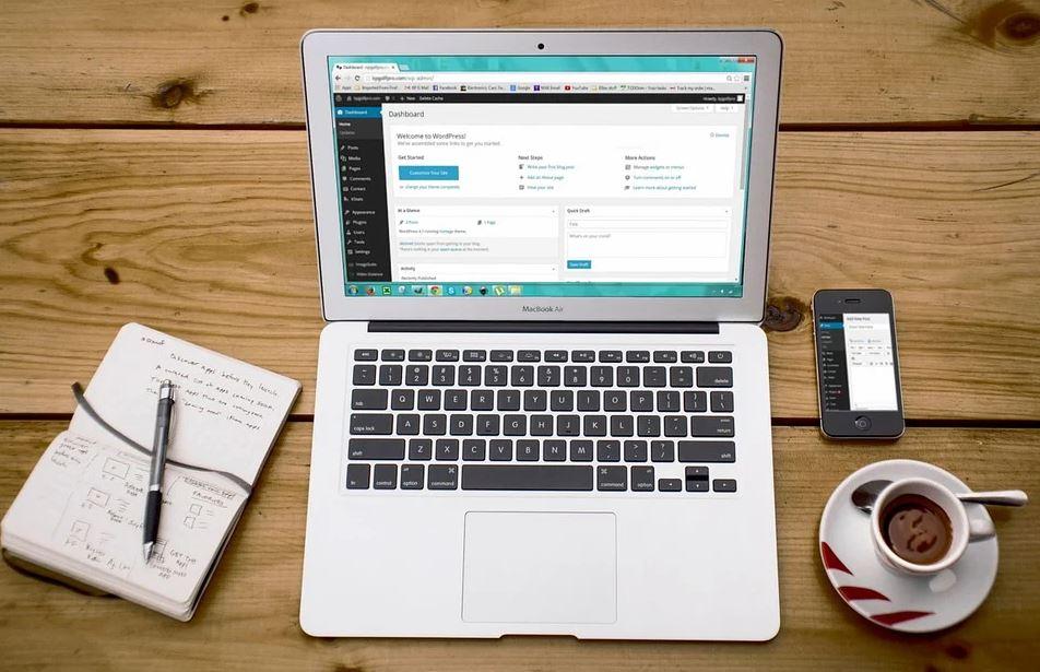Entreprises : quels sont les avantages d'avoir un site web ?