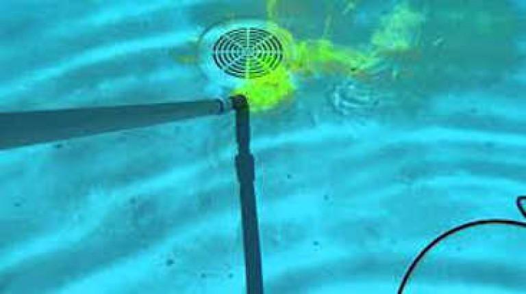 Comment procéder à une recherche de fuite dans une piscine ?