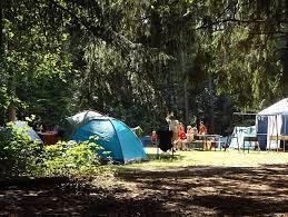 Le camping : soyez près pour la belle aventure en famille